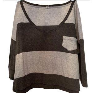 TNA/Aritzia Striped 3/4 Sleeve V Neck Shirt
